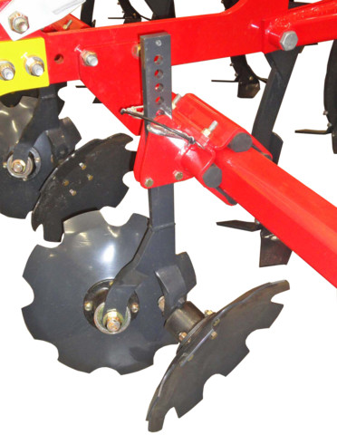 Maintenance-free, rubber-mounted levelling discs
