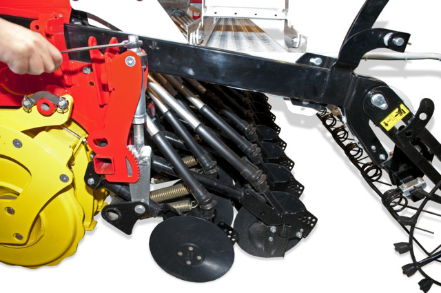 Coulter pressure adjustment Seed drill implement-mounted