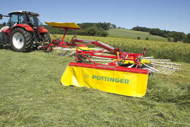 TOP Twin rotor windrowers with side swath - Rakes