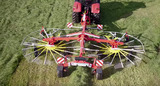 New video: The TOP C dual centre-swath rake