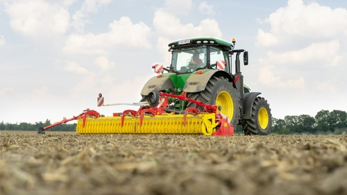 New: LION 103 C, folding power harrows