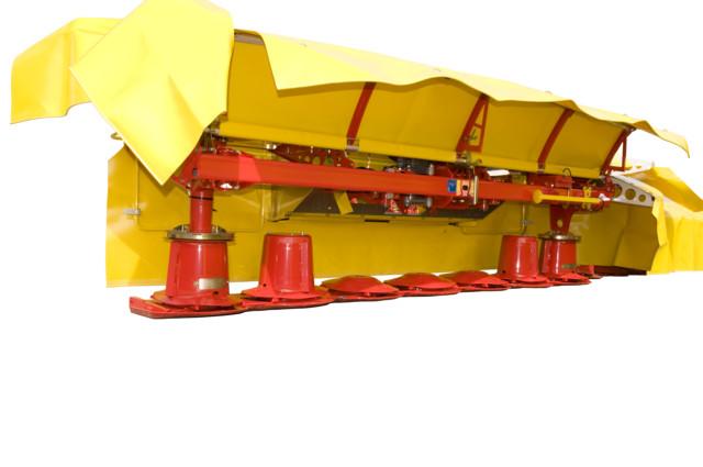 Stabilní žací stroj