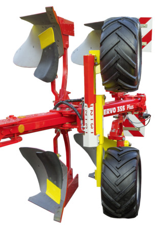 Dual depth wheel - pneumatic tyre, hydraulically adjustable