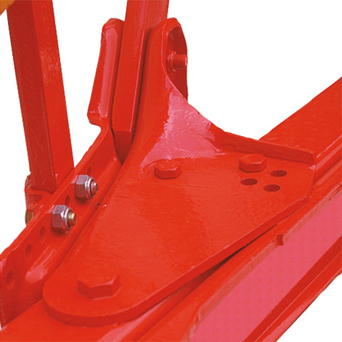 Moulded leg mounting bracket